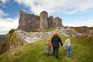 Castle Carreg Cennen