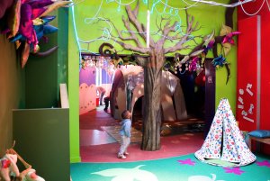 Discover story children's centre