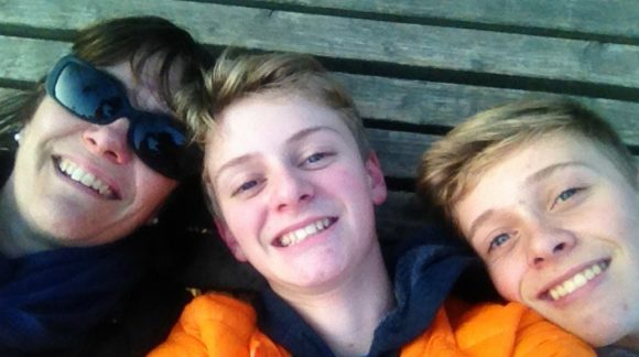 lunchbox world mum with two sons selfie