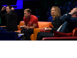 go 8 bit steve mcneil sam pamphilon playing with russell howard